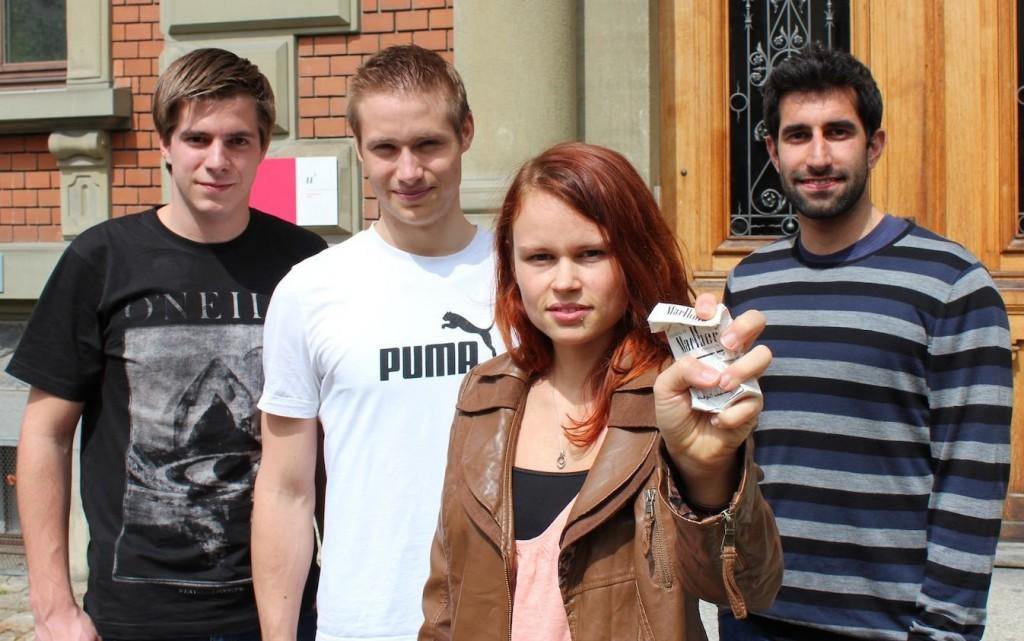 Die erste schweizer Lokalgruppe an der Universität Bern (v.l.: Kilian Meier, Raphael Jäger, Tania Weber, Murat Yildiz)