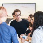 Paul Zeisler (Freiburg) holt sich Tipps für den Gruppenaufbau